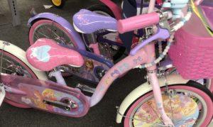 トイザらス プリンセスの自転車